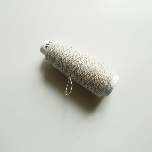 Avril: Minicone Linen Twist