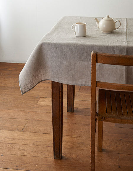 fog linen work Tablecloth {Natural}