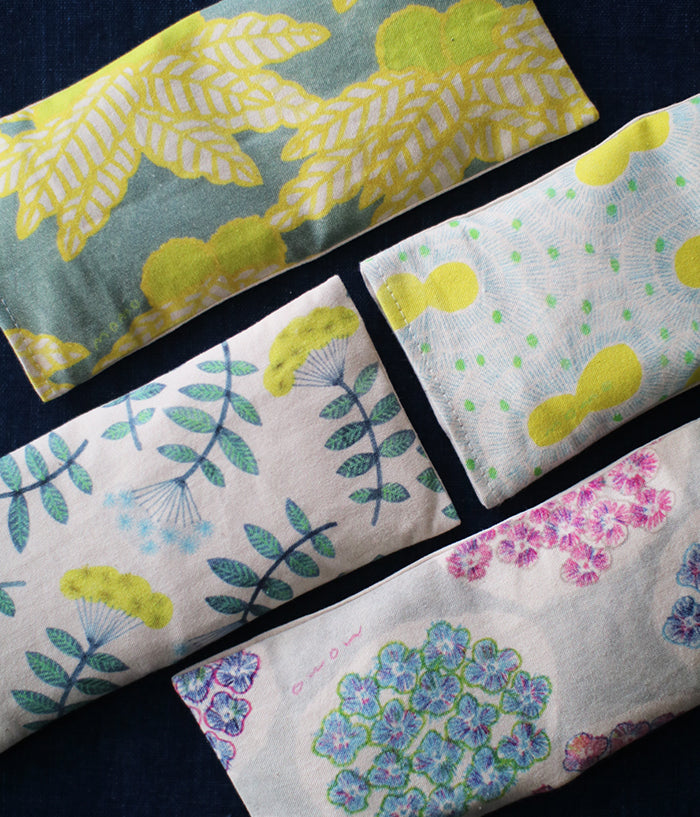 Warm Eye Pillow with Japanese Forest Mist {Colouring Branches}