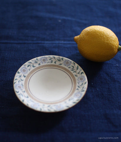 YAMANOBE Aya Mini Ceramic Plate {Pale Blue Flower Border}