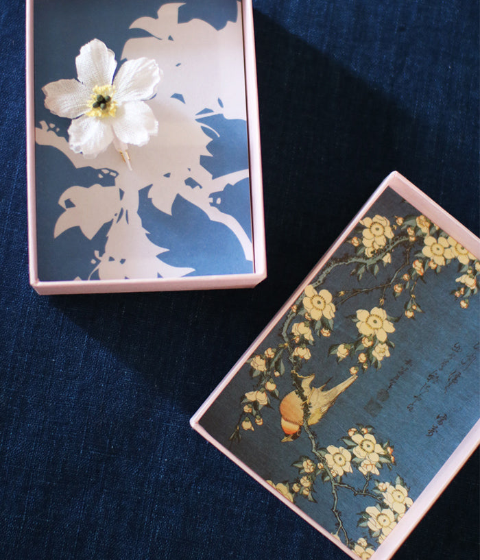 [SOLD OUT] 'hitohana' Linen Flower Brooch {Cherry Blossom}
