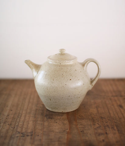 [SOLD OUT] Gunji Pottery Teapot B