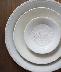 "Hump Moulded Medium Plate Birds White (18cm/7.3"")"