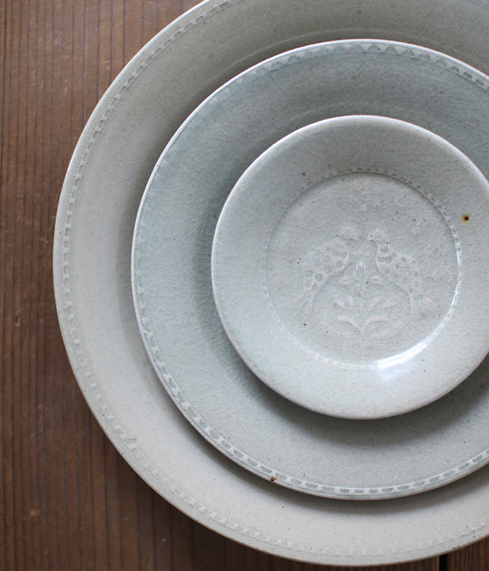 "Hump Moulded Small Plate (12cm/4.7"")"
