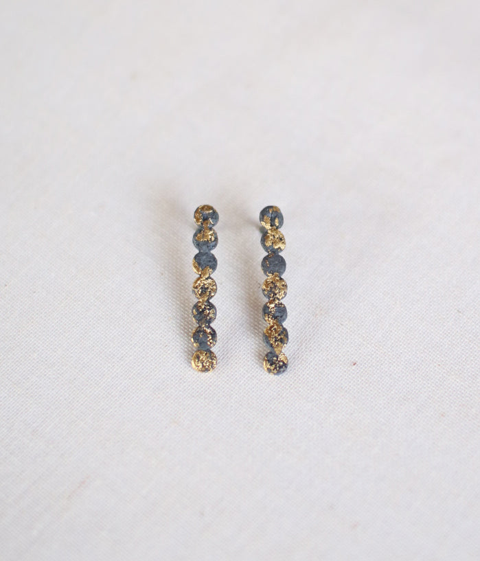 "Jona ""tenten line"" Stud Earrings"