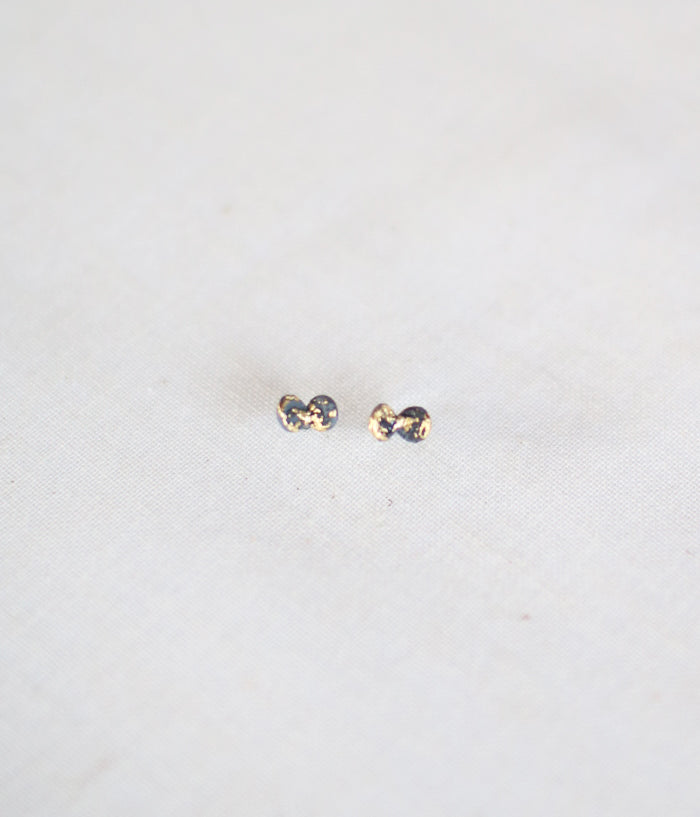 "Jona ""tenten futaba"" Stud Earrings"