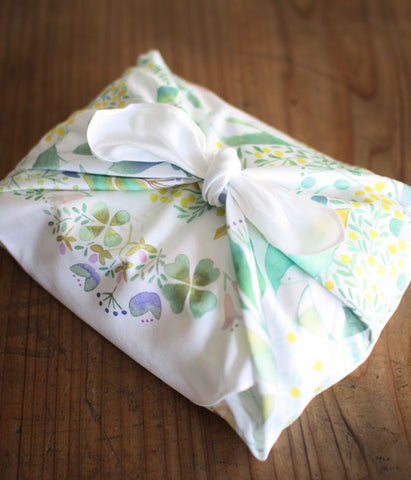 HARVEST handkerchief {bird bouquet}