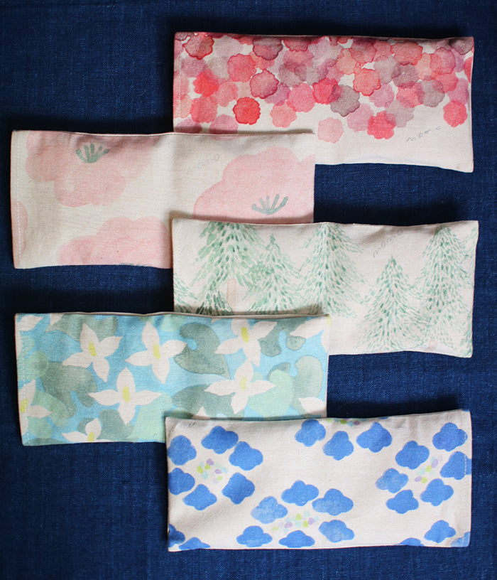 Warm Eye Pillow with Japanese Wood Mist {Dokudami}