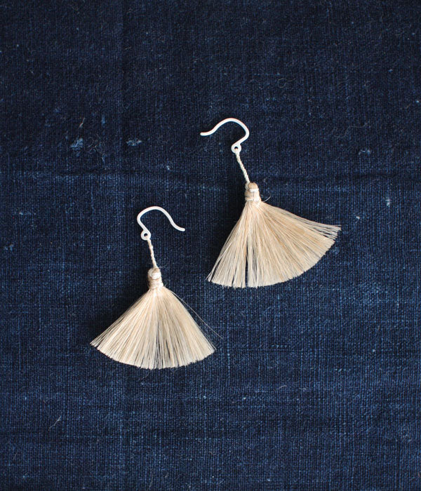 """Ha-ne"" Earrings {Wing} Silk"