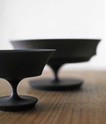 SINAFU Wooden Footed Plates and Bowls {Black}