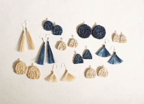 "YUIKOUBOU ""Ha-ne"" Earrings {Wing} Silk"