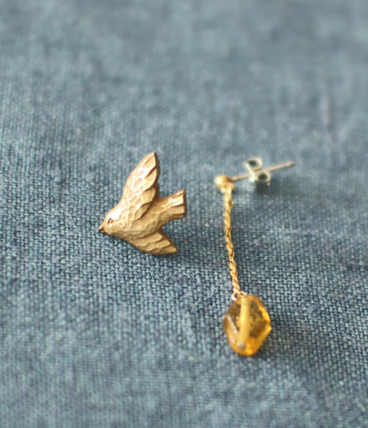 KIYATA Tin Earrings {Bird}