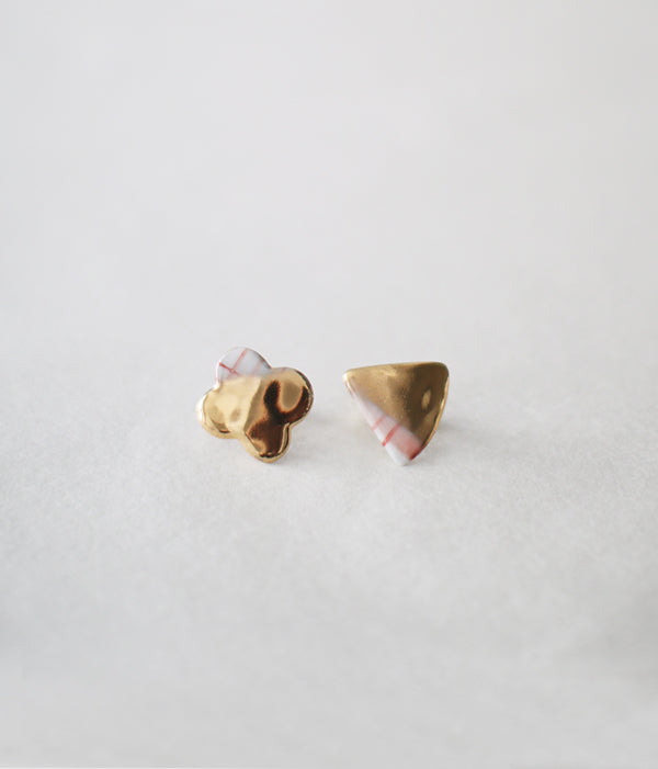 Kimiko Suzuki Porcelain + Gold + Sometsuke Earrings Small (Clip Type) PC02
