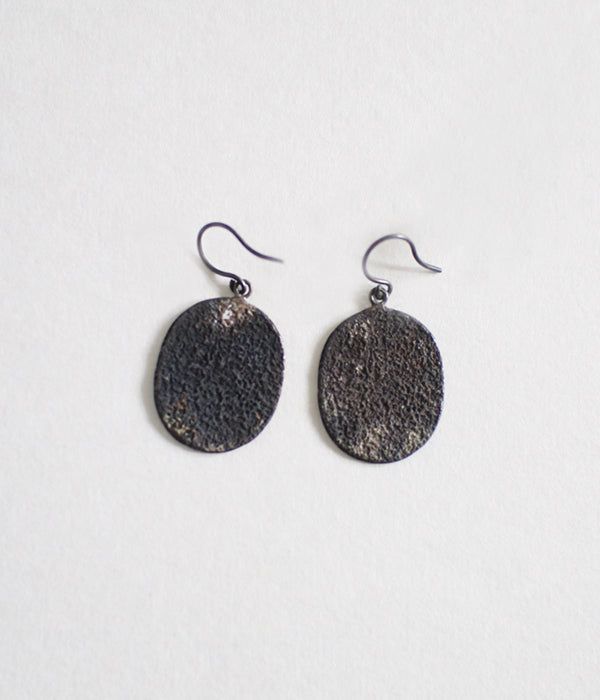 Jona Oval Earrings