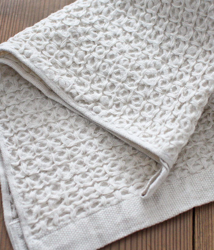 [DISCONTINUED] Organic Cotton & Linen Waffle Compact Bath Towel [L]