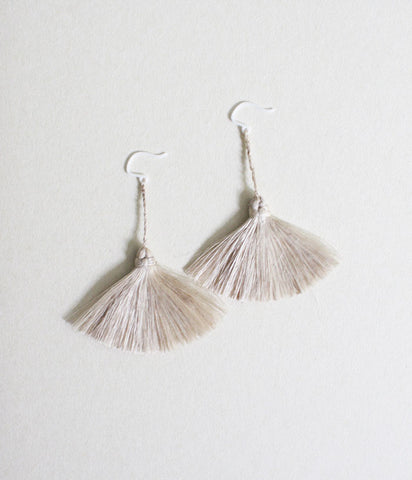 "YUIKOUBOU ""Ha-ne"" Earrings {Wing} Aoso"