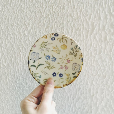 [SOLD OUT] Aya Yamanobe Mini Ceramic Plate {Garden Party}