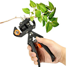 Load image into Gallery viewer, SimpleGrafter™ - Garden Grafting Tool