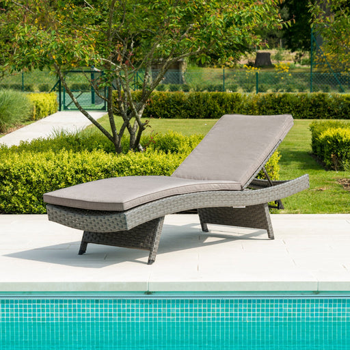 Alexander Rose Garden Furniture Alexander Rose Bespoke Grand Adjustable Sunbed With Cushion