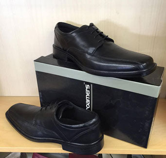 Roamers 726A Black Laced €55.00