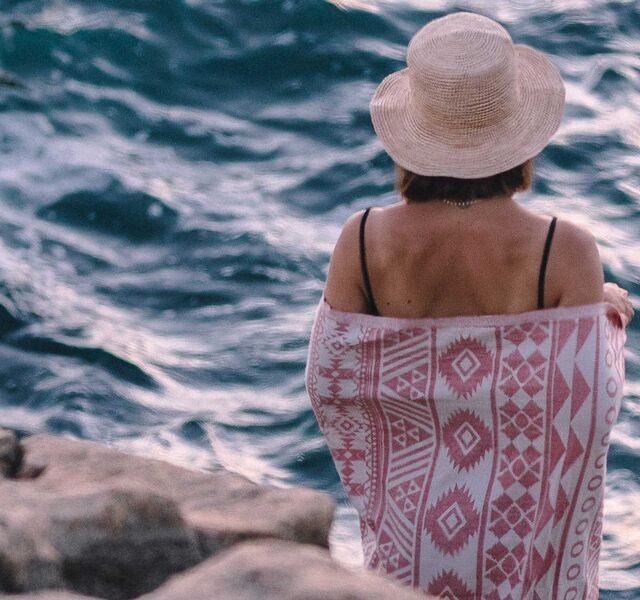 Turkish Towels, Wraps & Blankets