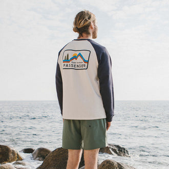 Made To Roam Raglan Sweatshirt - Blue Nights/Birch