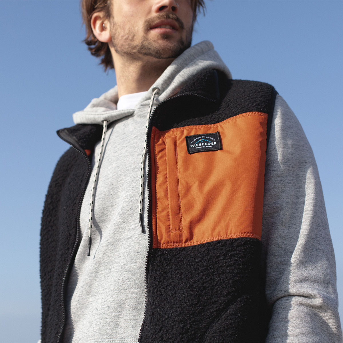 Calgary Sherpa Fleece Vest - Black/Rust image 4