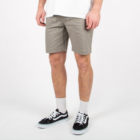 Ridge Short - Nickel Grey