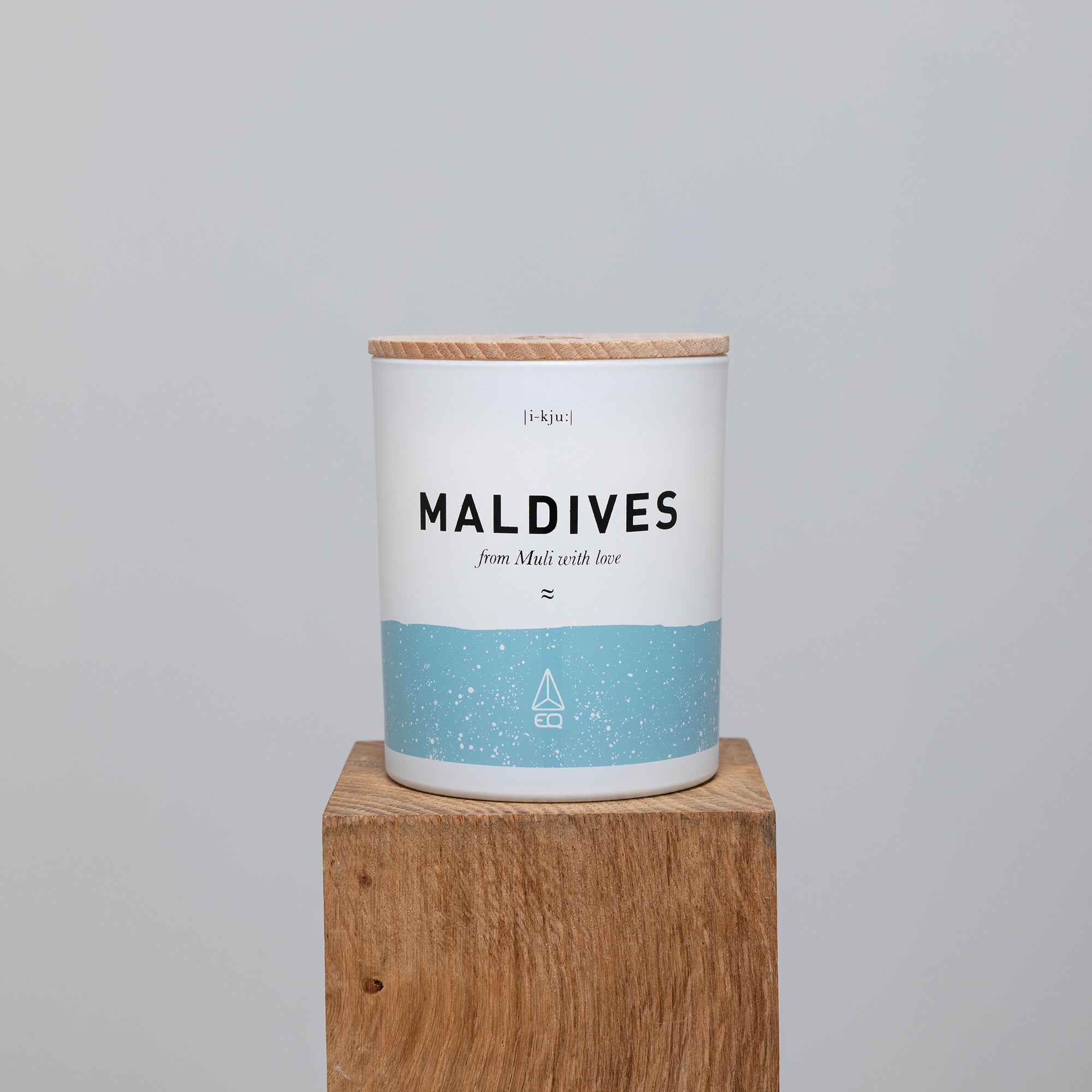 EQ Scented Candle - Maldives image 2