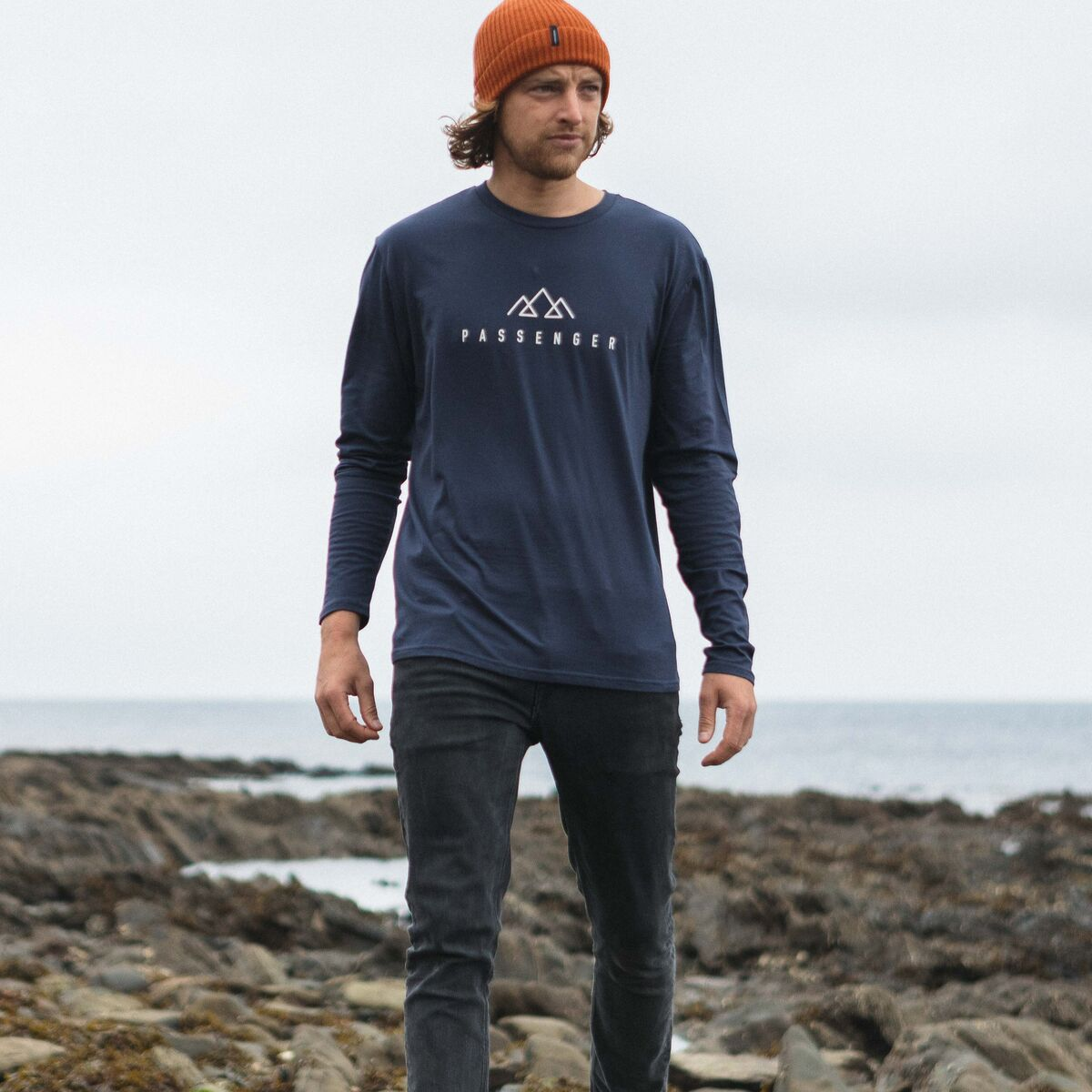 Hatchet  L/S T-Shirt - Navy image 5