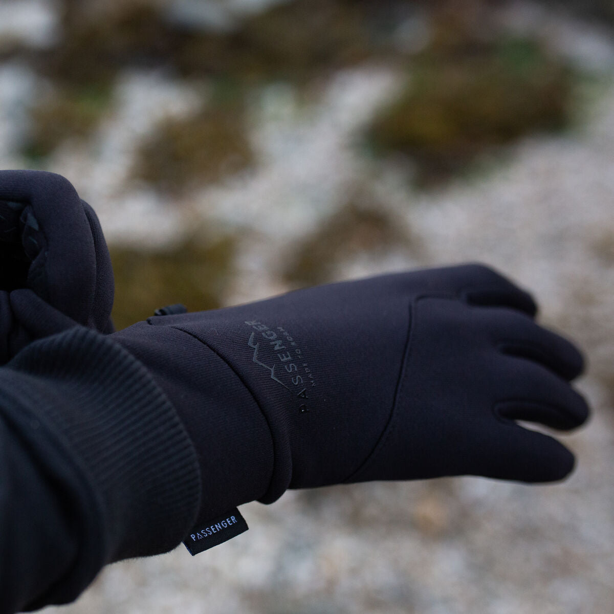 Montana Gloves - Black image 1