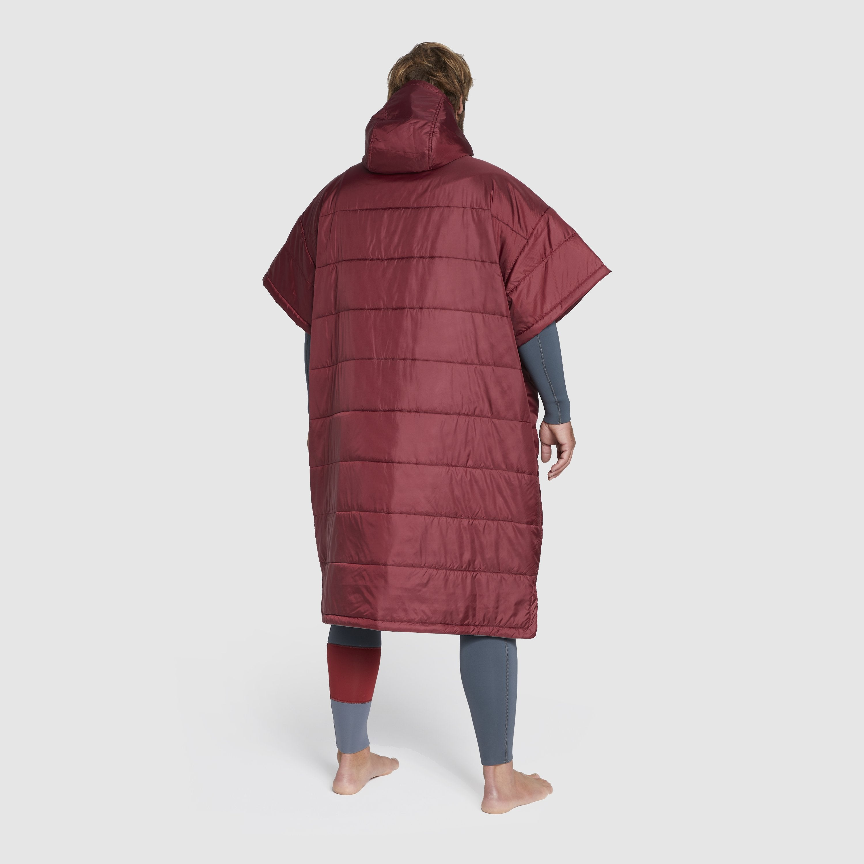 Voited Insulated Outdoor Poncho - Oxblood image 3