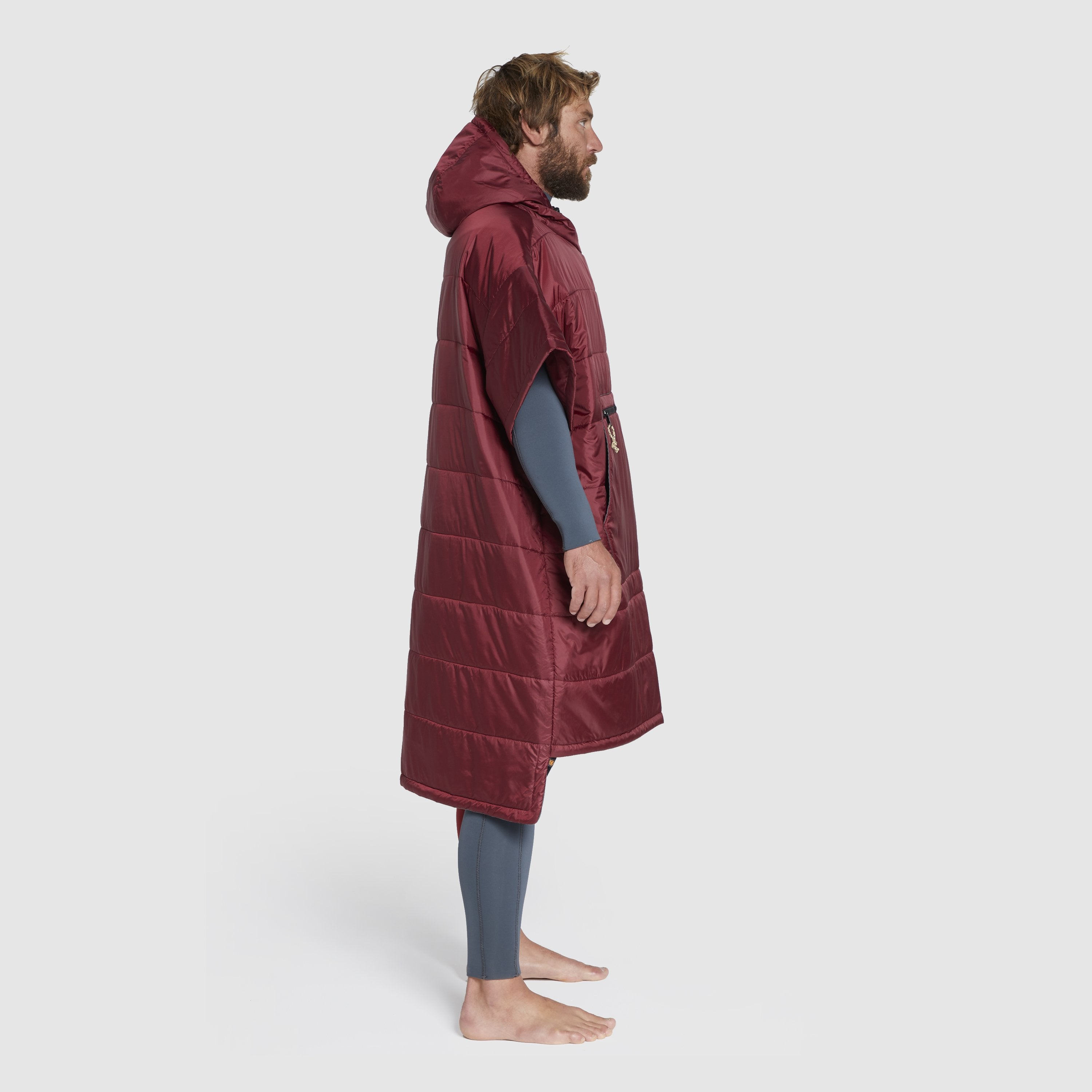 Voited Insulated Outdoor Poncho - Oxblood image 4
