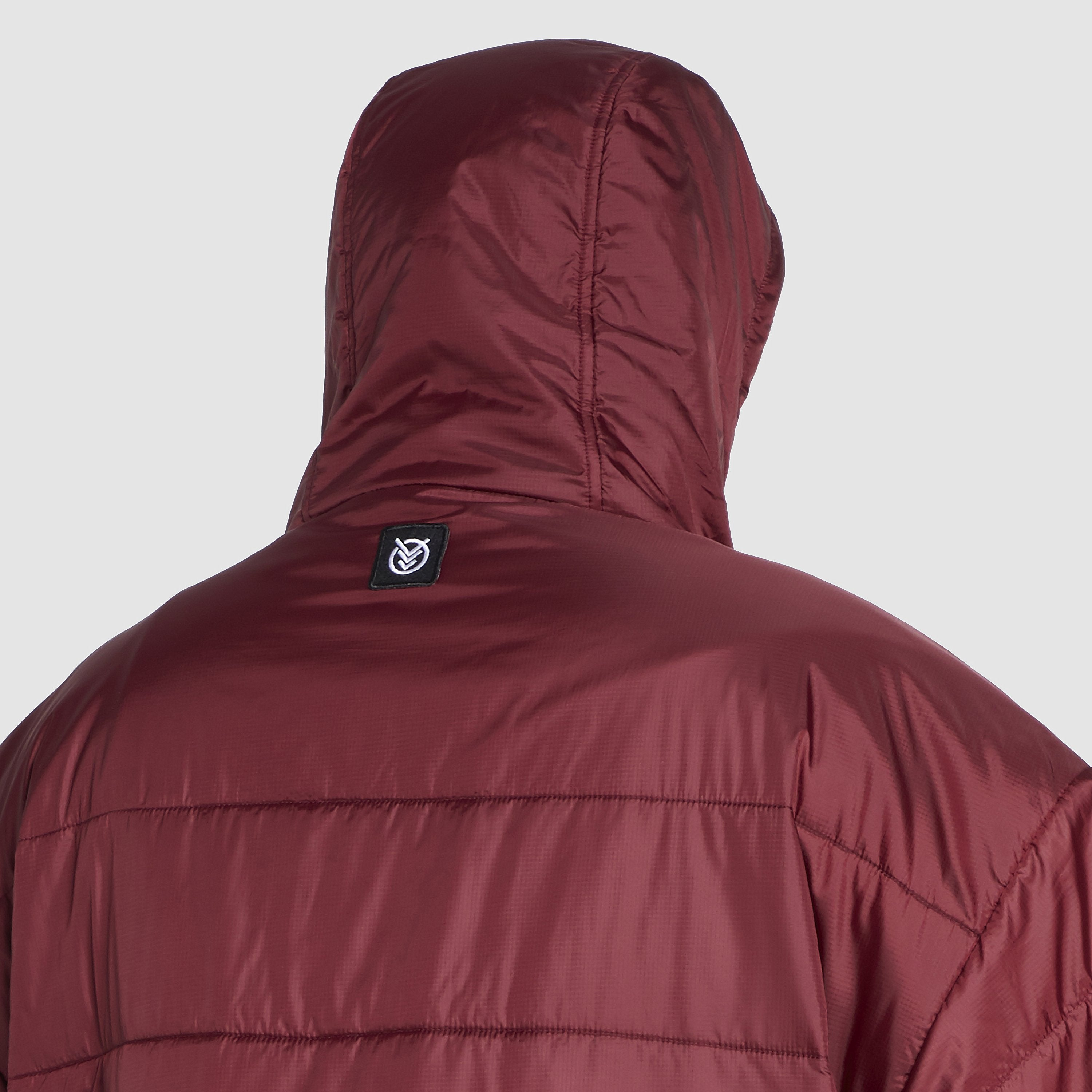 Voited Insulated Outdoor Poncho - Oxblood image 7