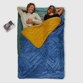 Voited Insulated Pillow Blanket - Camp Vibes