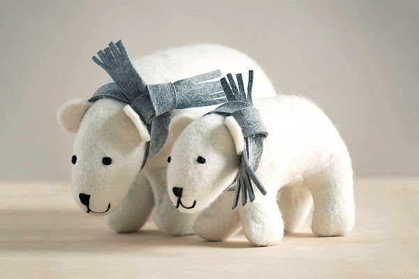 Mulxiply Hand-felted in Nepal Mama and Baby Polar Bears in Natural Wool