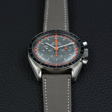 Load image into Gallery viewer, Omega Speedmaster Japan Racing Dial
