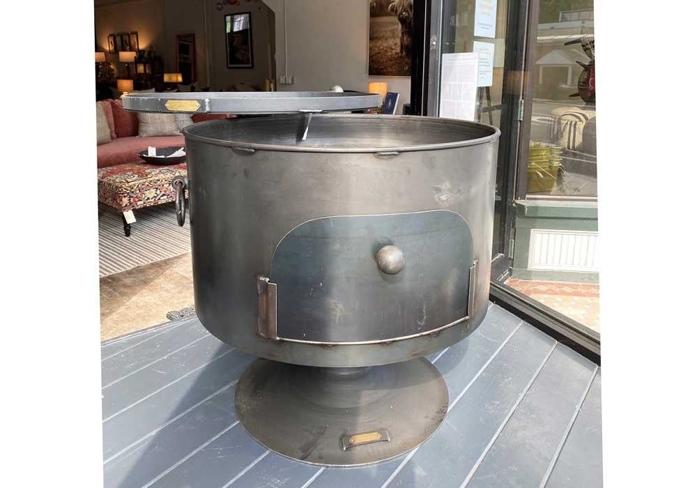 "Pete's Pizza Oven 28.5"" W/ Swing Arm & Lid"