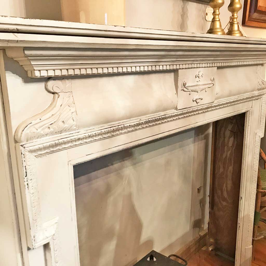 Vintage circa 1940 Colonial Revival Mantle