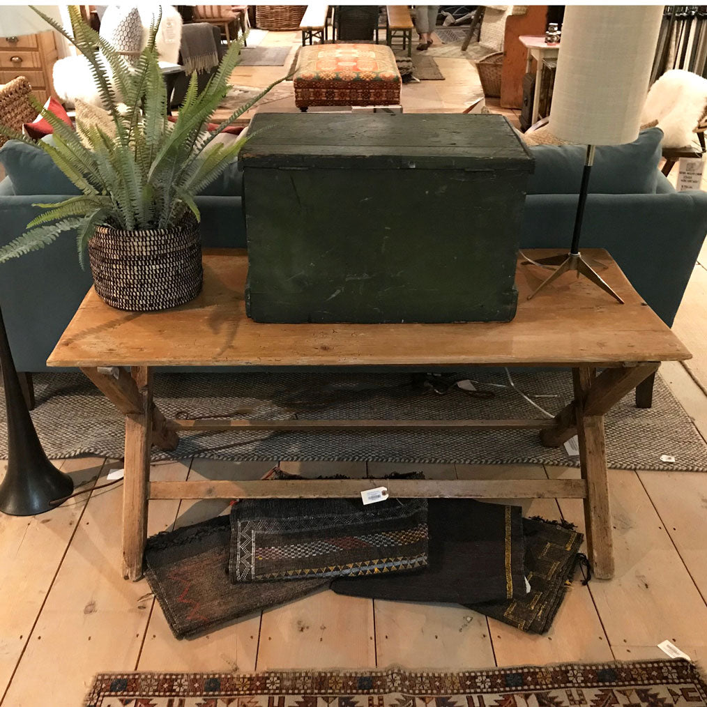 Vintage English Sawbuck Table