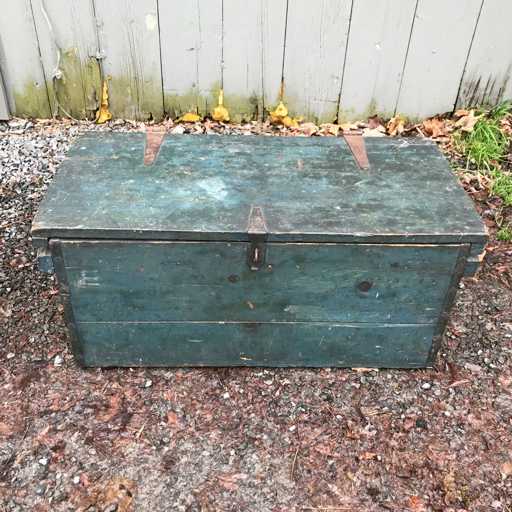 "Antique ""Poughkeepsie"" Blue Box/Trunk"