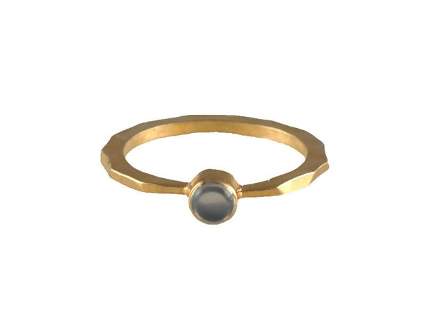 Gold Single Stone Chalcedony Ring