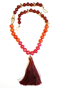 Mixed Faceted Agate Tassel Necklace In Red