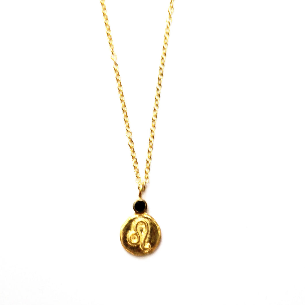 Leo Onyx Charm Stone Necklace in Gold