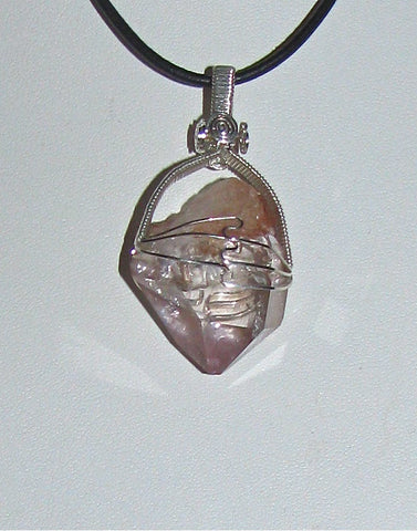 Payson diamond Necklace with Amethyst point