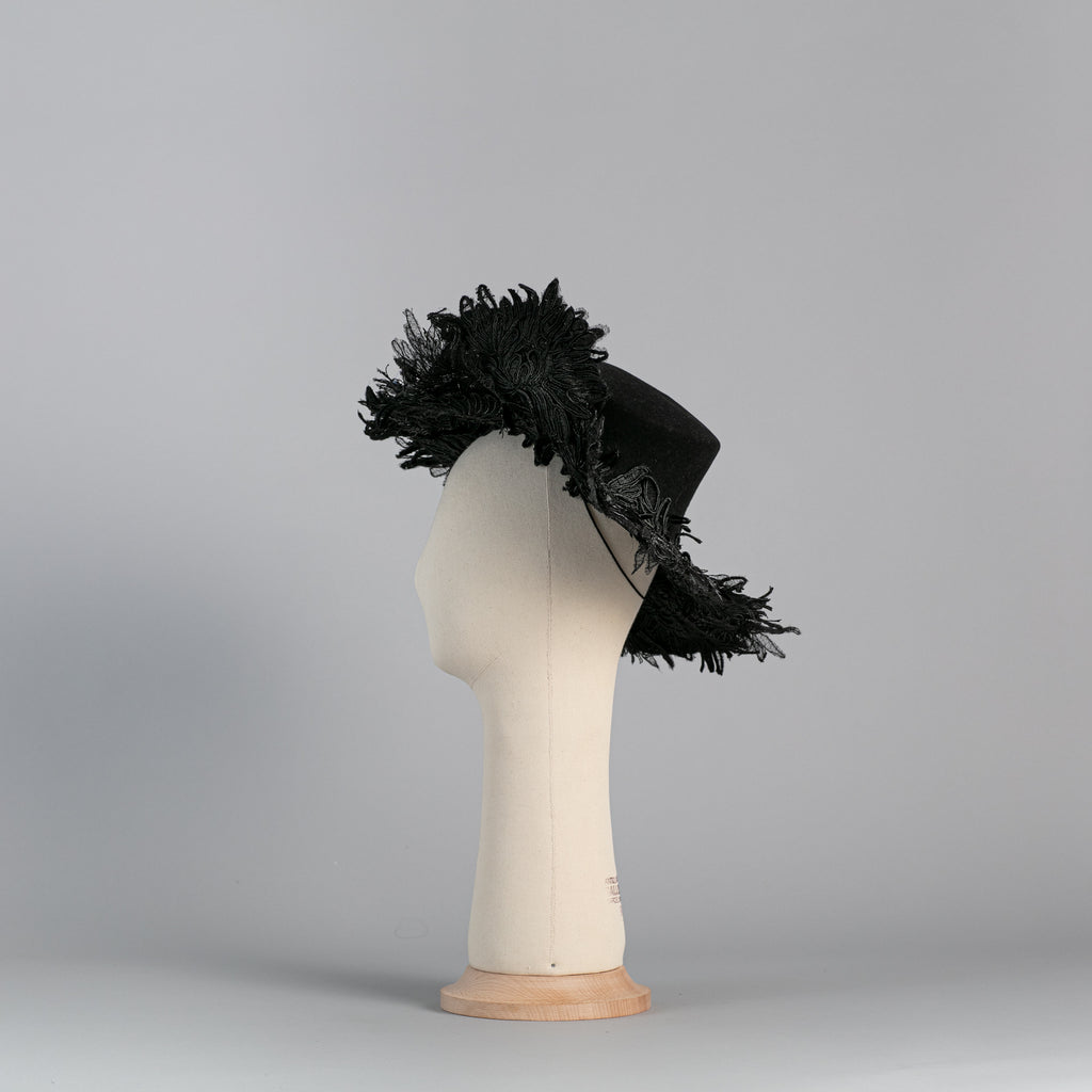 Black felt and embroidery flowered Hat  ∞ Nikole Tursi