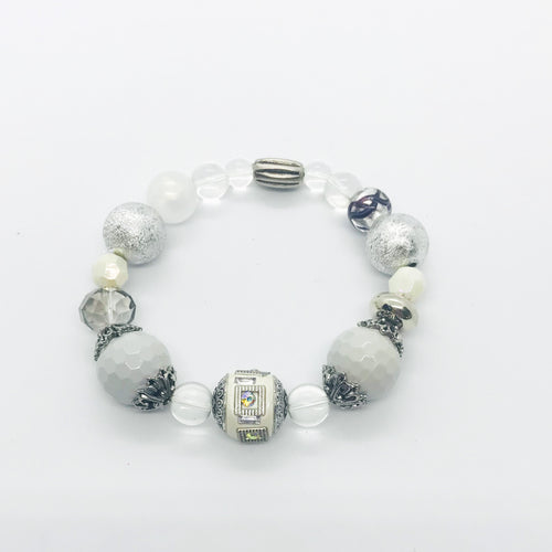 Big & Bold Collection Glass Bead Stretchy Bracelet - B1000