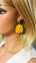 Load image into Gallery viewer, Light Mustard Leather Earrings - E19-1028
