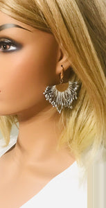 Light Grey Fan Shaped Tassel Earrings - E19-1055