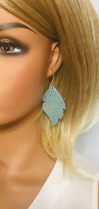Gold Tipped Mint Leather Earrings - E19-1058